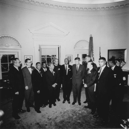 jfk_meets_with_leaders_of_march_on_washington_8_28_63_cecil-w-stoughton_public-domain